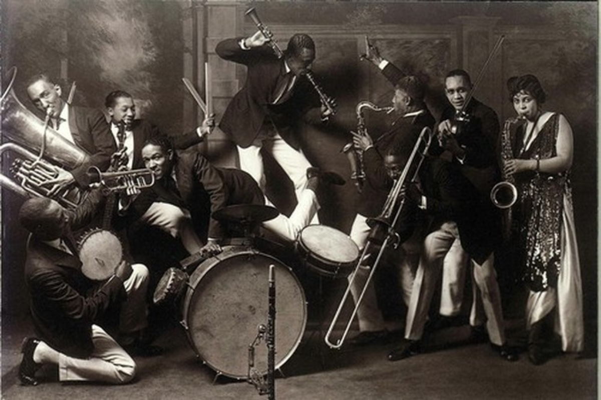 Timeless Melodies: Roaring '20s