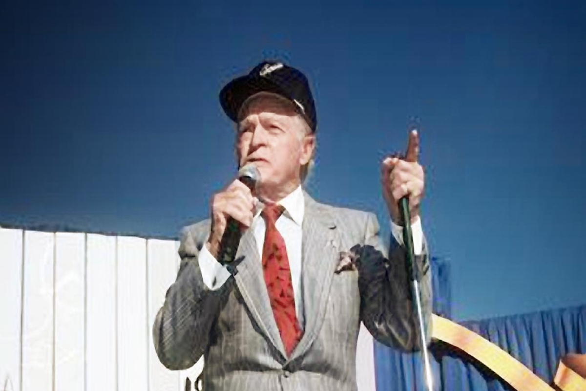 Timeless Melodies: Bob Hope