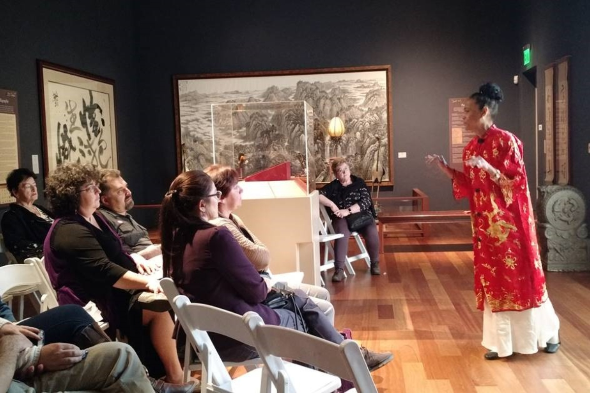 Docent-Led Storytelling in Ancient Arts of China Gallery