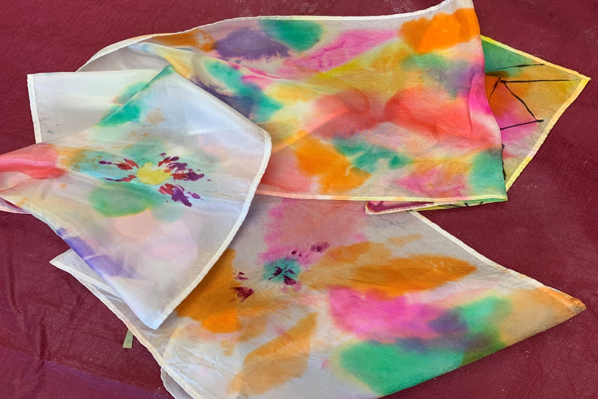 Anne's Treasures Art Kits - Silk Scarf with Bleeding Tissue